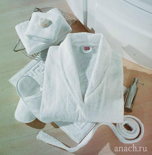 полотенце в отеле Какие вещи нужны для поездки за границу